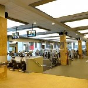 Spor salonu translucent gergi tavan uygulaması