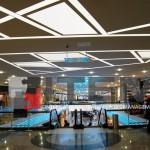 aqua florya avm asimetrik ışık bantlı gergi tavan uygulaması