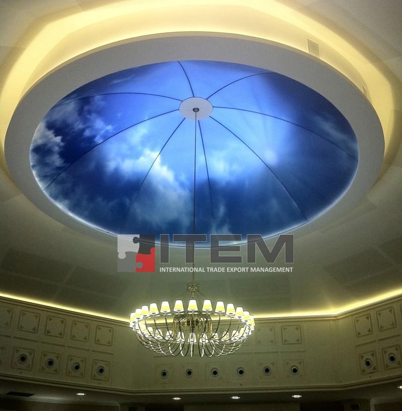 Skylight ile aydınlatılan baskılı kubbe formlu gergi tavan uygulaması