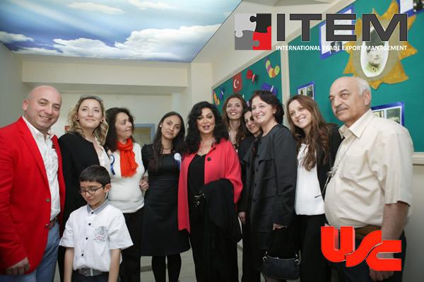 Türkan Şoray, Ali Ağaoğlu ve Selim Yuhay USC Gergi Tavan ürünlerine hayran oldular